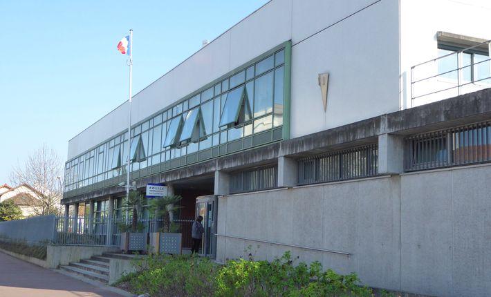 Signez la pétition pour le maintien du commissariat à Saint-Maur-des-Fossés