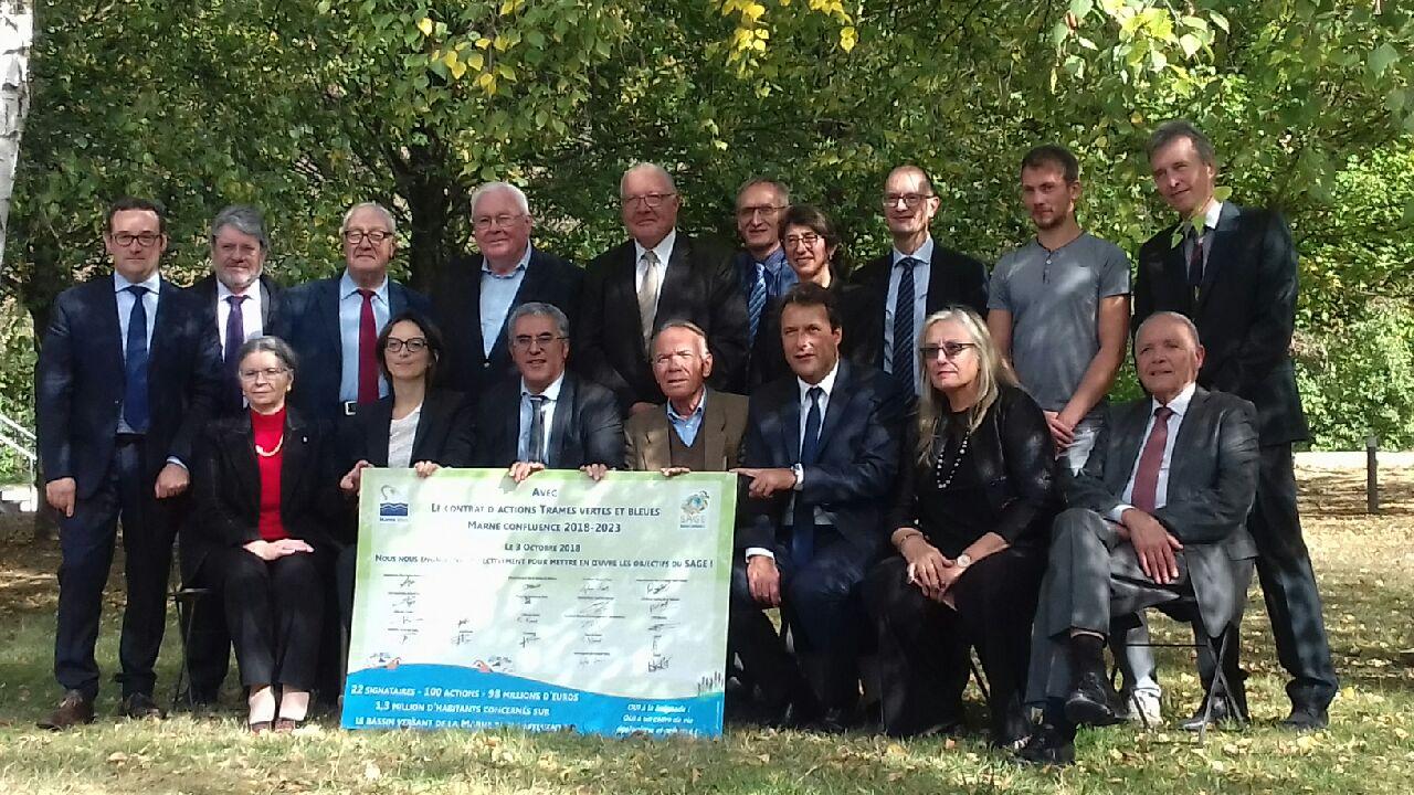 Signature du Contrat d'actions Trames Verte et Bleue Marne Confluence