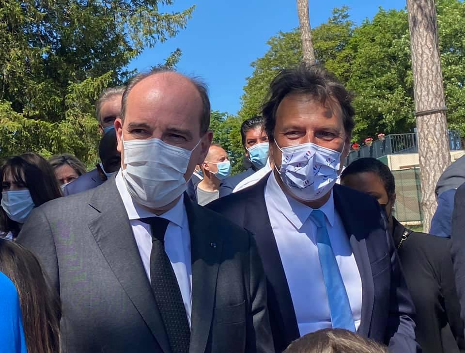 Visite du Premier ministre au centre de vaccination de Saint-Maur
